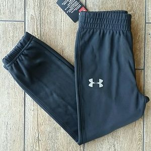 NWT UNDER ARMOUR JOGGERS